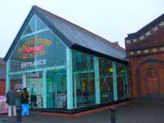 http://photos.igougo.com/images/p399198-Dudley-The_Black_Country_Museum.jpg