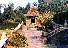 How Caple Gardens