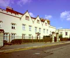 Newwarke                               Houses Museum
